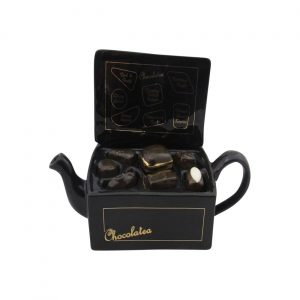 Chocolate Box Collectable Novelty Teapot Carters of Suffolk