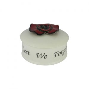 Anita Harris Art Pottery 4 inch Trinket Box Lest We Forget Design