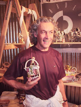 paul cardew of cardew teapots